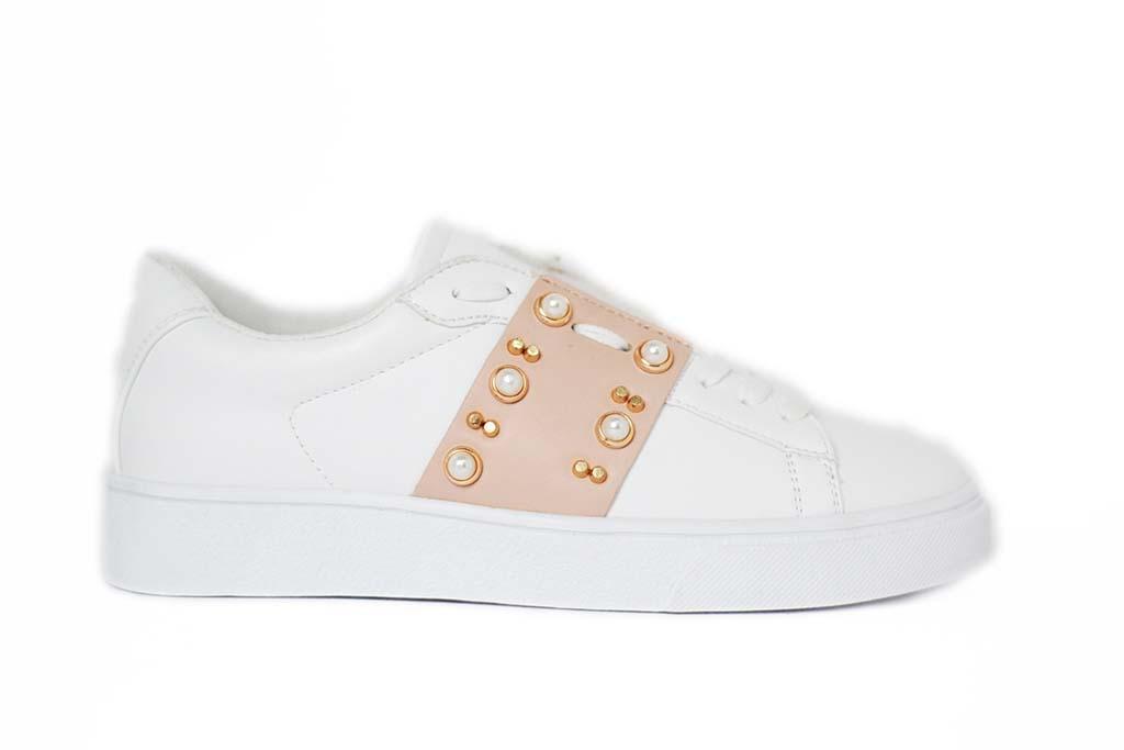 quality design 43320 b8946 Sneakers bianche con perle e pietre