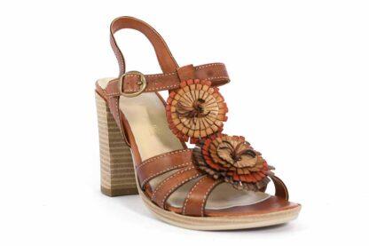 Sandalo alto in vera pelle con fiori