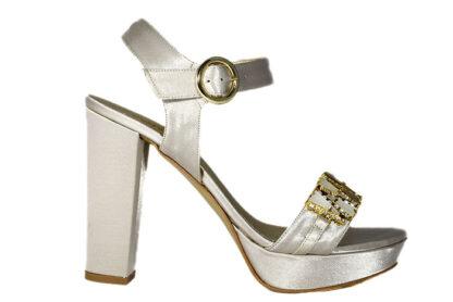 Sandali in raso con fascia e pietre