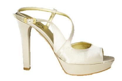 Sandalo in raso spuntato
