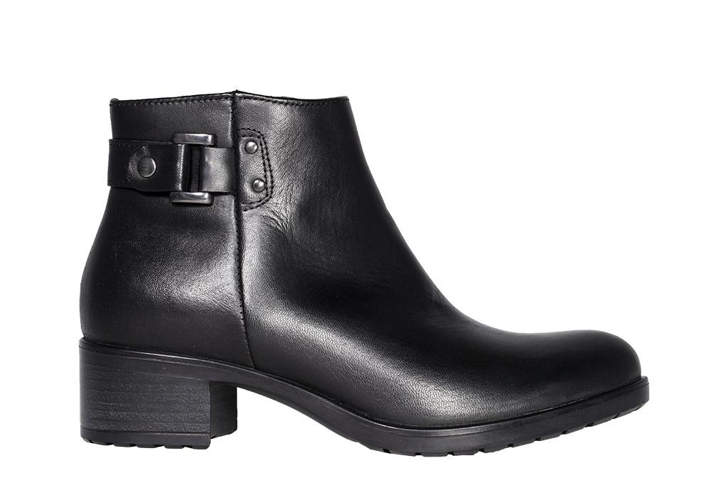 stivaletto in pelle nera con zip interna mezzo | Sara p. shoes