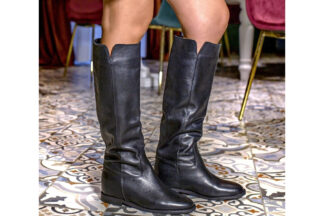 Stivale alto nero liscio Dora stivale in pelle made in italy per la donna sportiva e casual